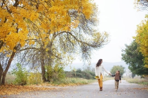 The Ultimate Fall Bucket List for Kids & Adults in 2021