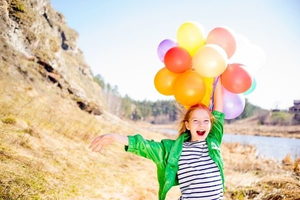 85 Fun Birthday Interview Questions for Kids {+ Free Printable Questionnaire)