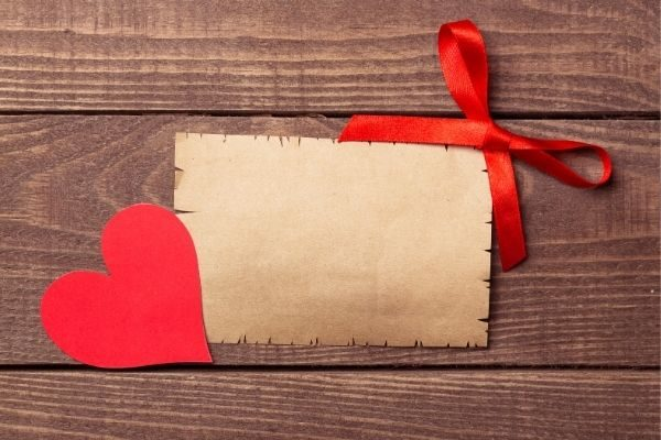 leave love notes for how to make Valentine's Day special
