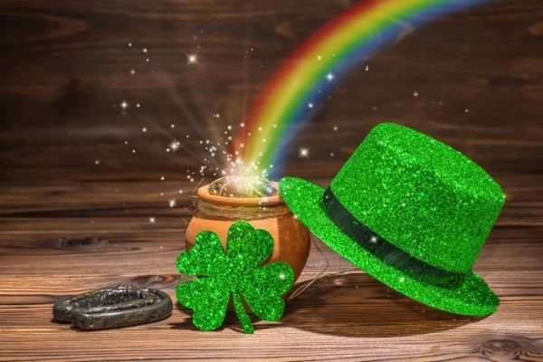 St. Patrick's Day treasure hunt clues for kids: the benefits!