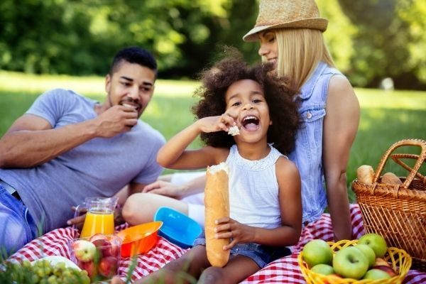 Epic experience gifts (on a picnic with family), rewards for children