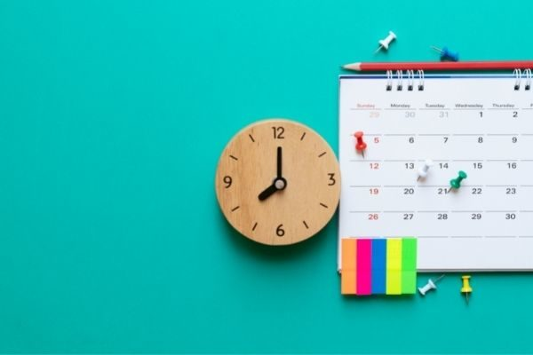 30 day personal growth and self development challenges: calendar
