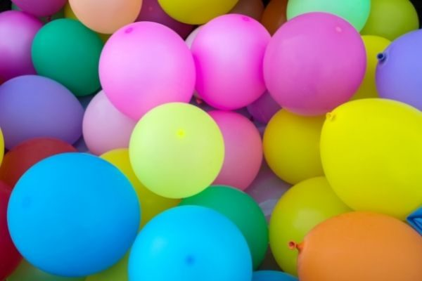 funny this or that questions for lots of fun : balloons